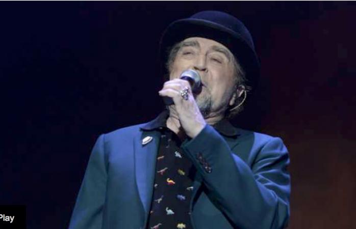 Joaquín Sabina se quedó mudo en pleno concierto