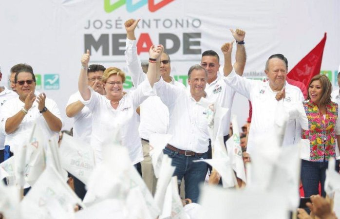 Entre elogios a Romero Deschamps, Meade pide apoyo de tabasqueños