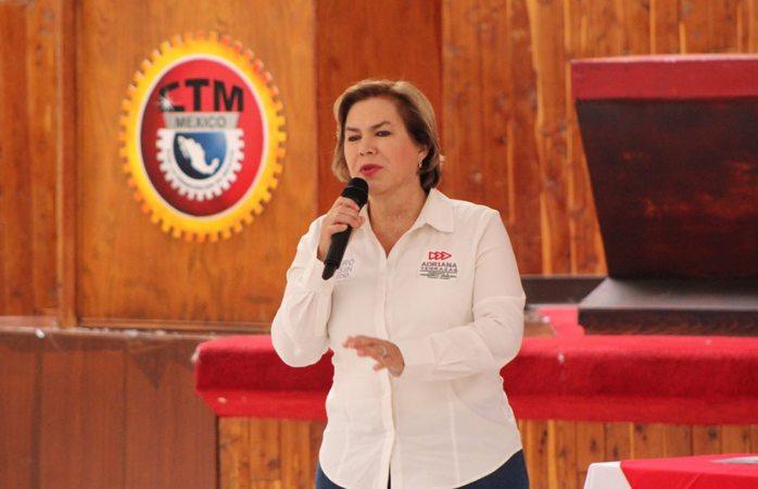 Se reúne Adriana Terrazas con transportistas de Juárez