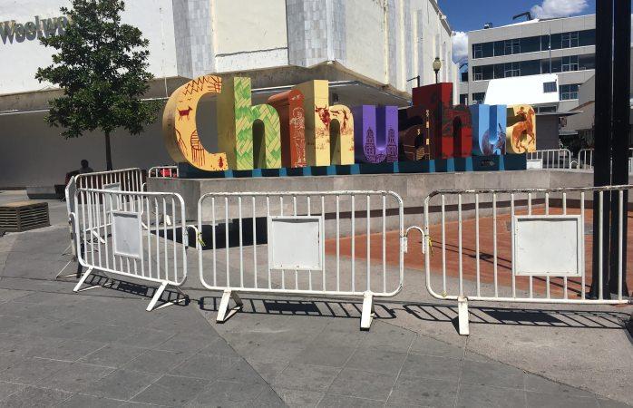 Encierran letras Chihuahua en el centro