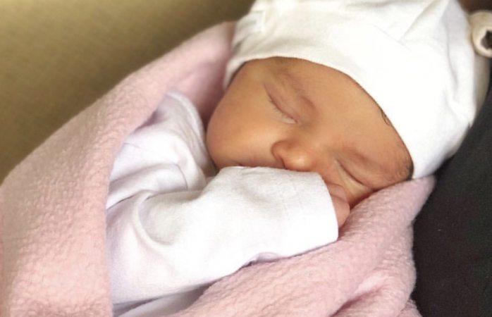 Inés Gómez Mont presenta a su bella bebé en Instagram