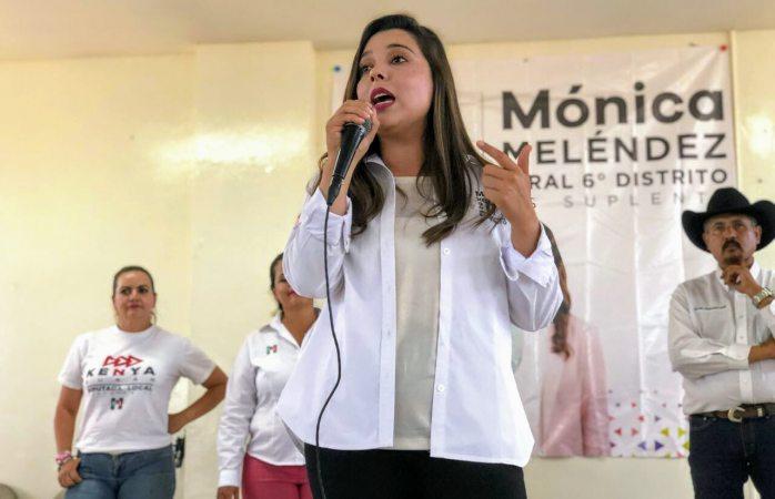 Cierra Mónica Meléndez campaña en la zona rural