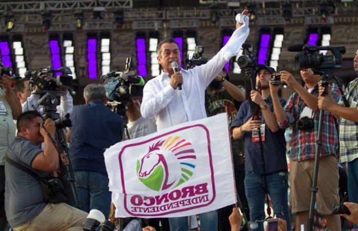 El Bronco cierra campaña en la Macroplaza de Monterrey