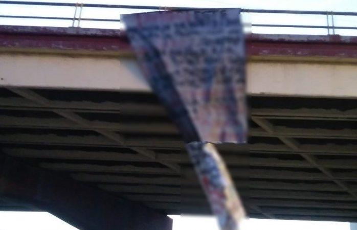 Dejan dos narcomantas en Juárez a días de la elección
