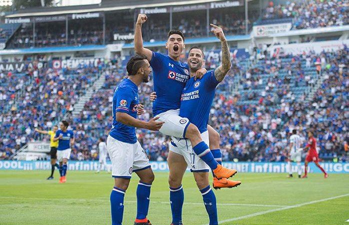 Cruz Azul por fin gana en casa ante Pachuca
