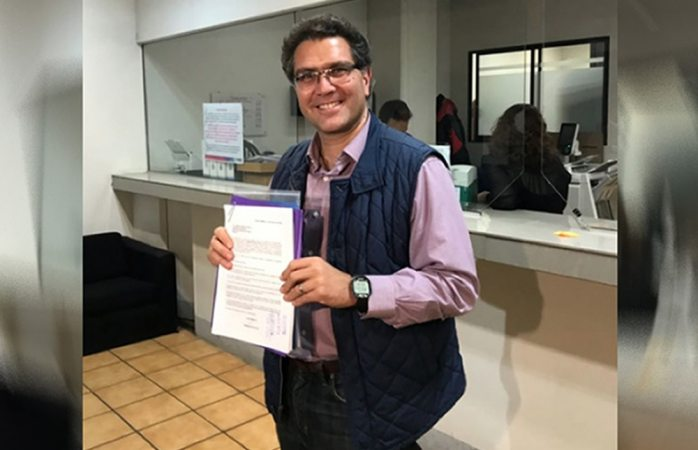 Se registra como candidato presidencial Ríos Piter ante INE
