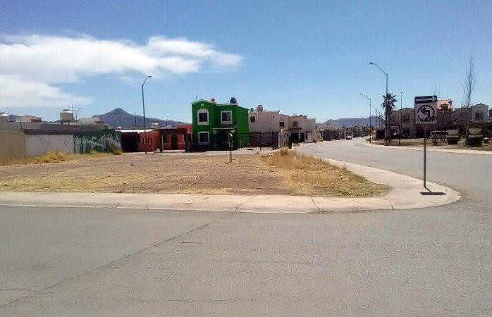 Reportan robos y vehículos sospechosos en Urbi Villas del Prado