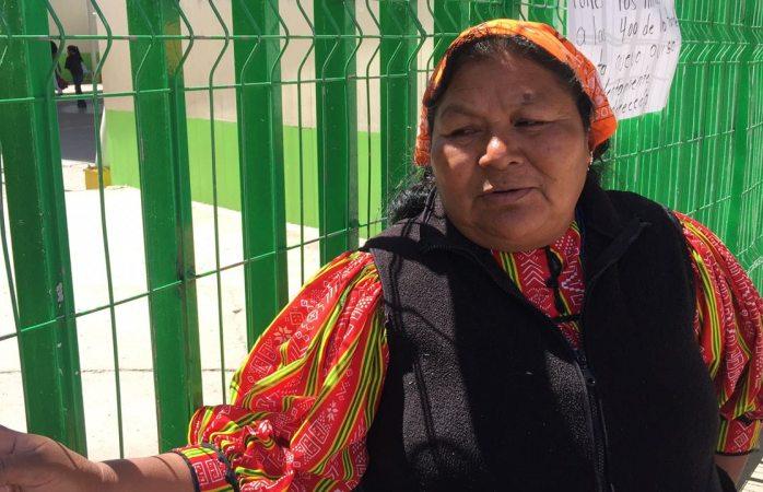 Denuncia líder raramuri bullying por labores con vestimenta indígena