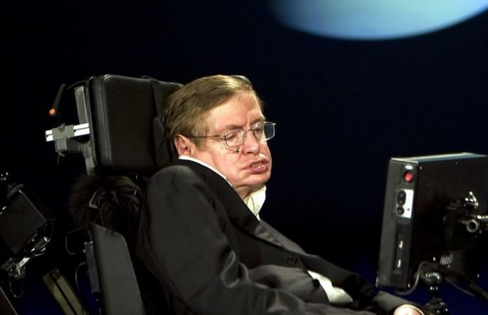 Quince frases célebres que nos deja Stephen Hawking