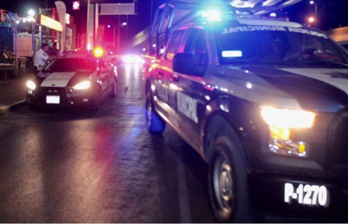 Siguen asaltos a negocios; un taxista, gasolinera, farmacia y roban rines de carro
