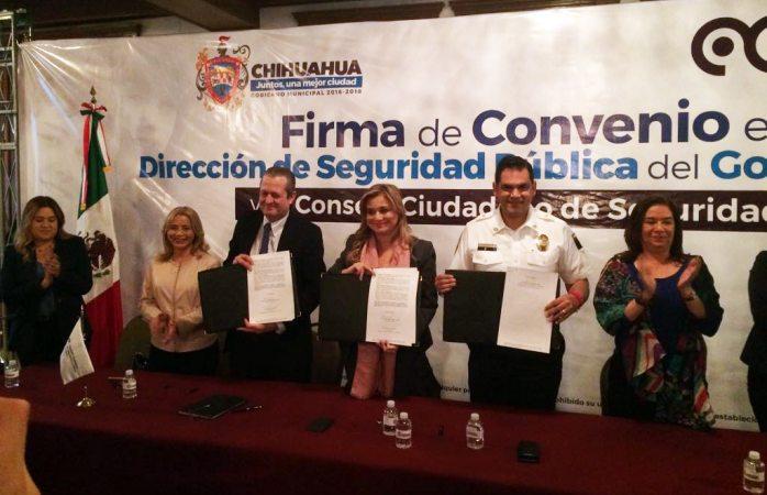 Firman convenio para apoyar la reinserción social