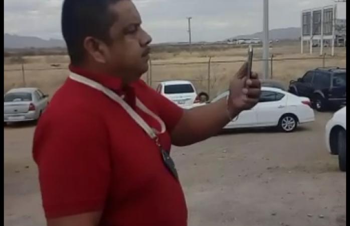 Amenazan taxistas del aeropuerto a ubers con dañar sus vehículos