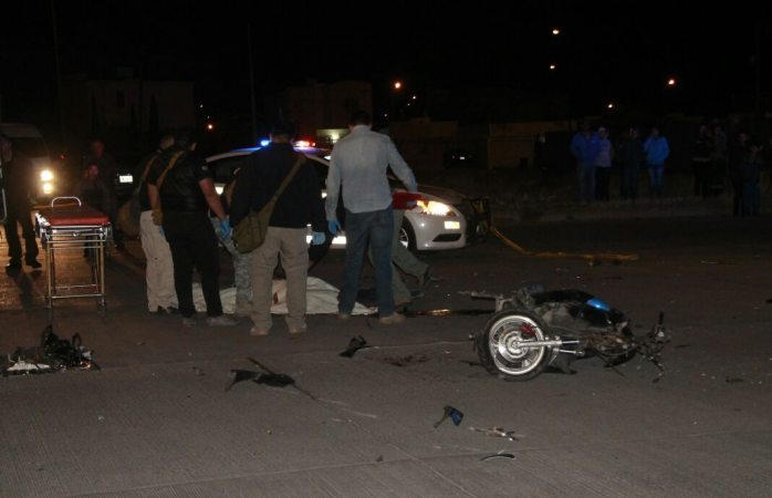 Muere motociclista al ser impactado por automóvil