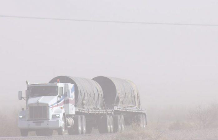 Ventarrones en carretera a Juárez impiden visibilidad