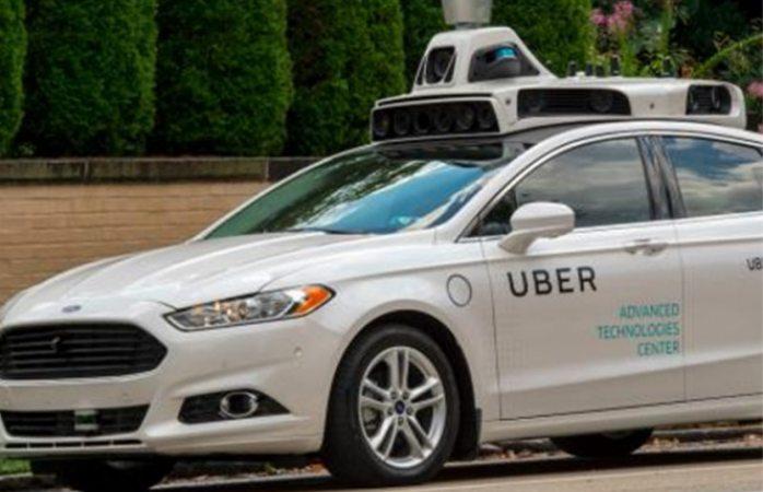 Vehículo autónomo de Uber atropella y mata a mujer en Arizona