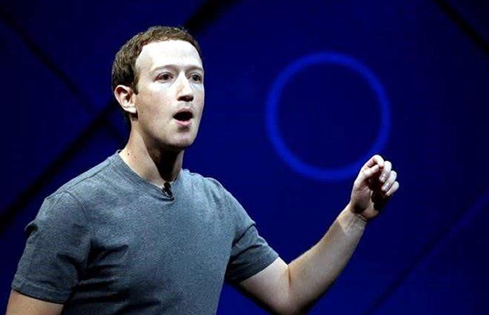 Facebook admite error con manejo de datos de usuarios