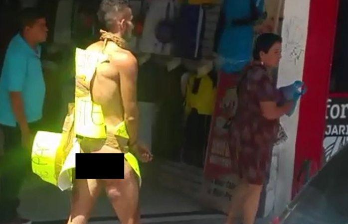 Desnudan a supuesto ladrón en Jalisco