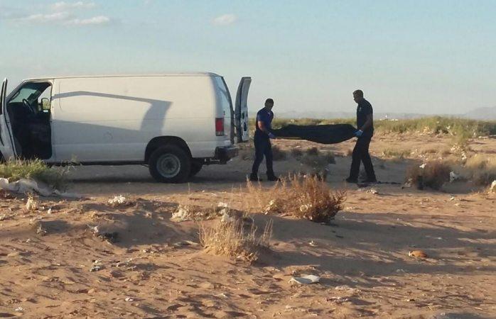 Hallan ejecutado en terreno baldío de Juárez