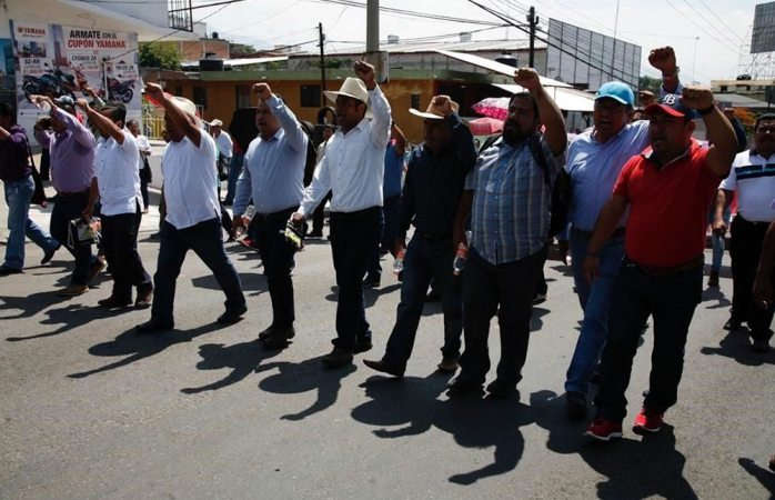 Marchan maestros del Cnte en 6 estados del país