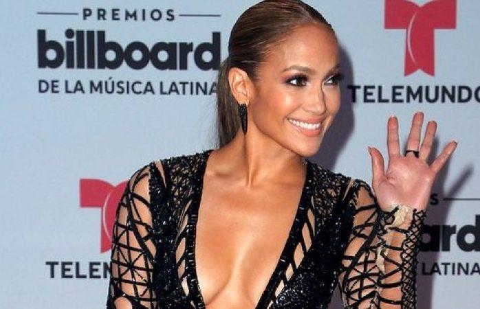 Jennifer Lopez era humillada por su cuerpo