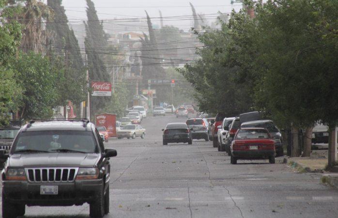 Ligera lluvia sorprende al norte de la ciudad
