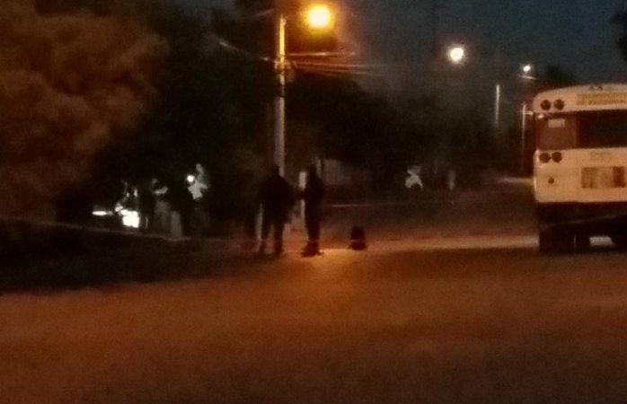 Ejecutan a dos en patio de vivienda en Juárez