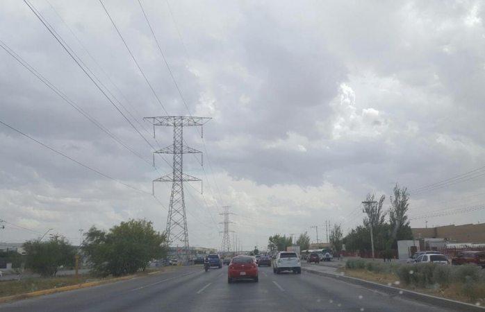 Cierran pasos a desnivel por inundaciones en Juárez
