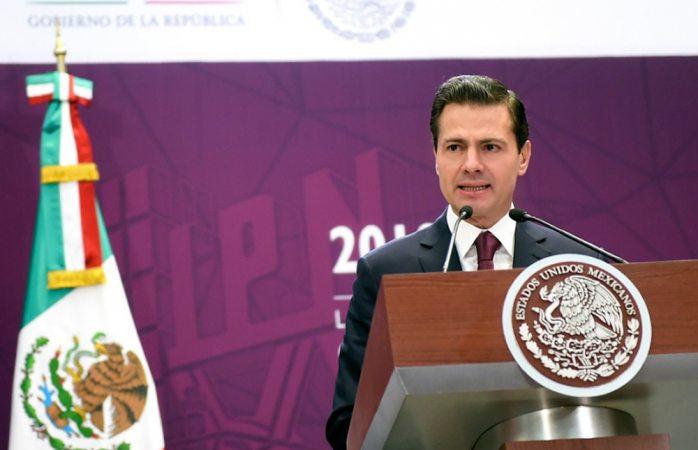 EPN vuelve a errar en discurso, ahora con la fundación del IPN