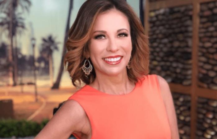 Critican a Ingrid Coronado por imitar a Luis Miguel