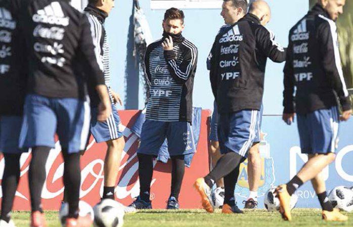 Leo Messi inicia entrenamientos en Argentina rumbo al mundial