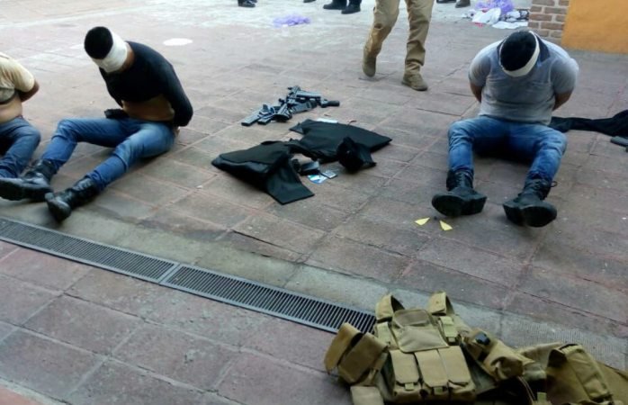 Muere hombre por bala perdida en ataque a exfiscal de Jalisco