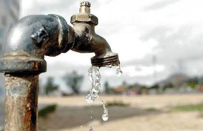 Sin agua la colonia Roma Sur y Tiradores