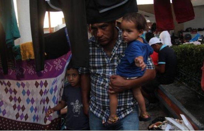 Migrantes centroamericanos reciben más de 2 mil pesos por programa federal
