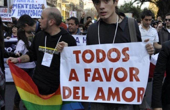 Quieren chilenos matrimonio y adopción igualitarios