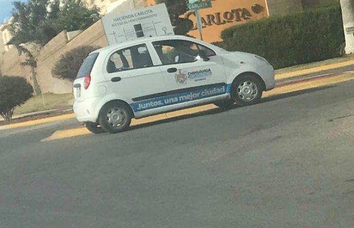 Usa como privado vehículo oficial del municipio