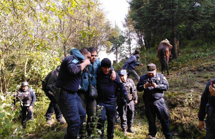 Rescatan a joven que cayó a barranco en parque nacional los dinamos