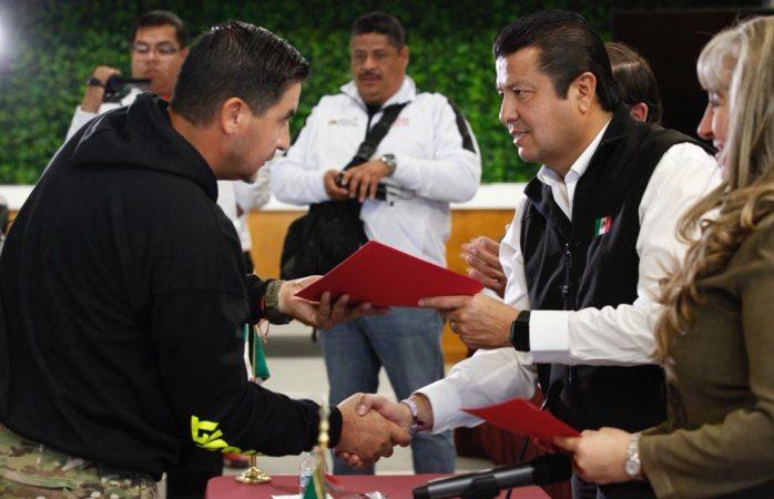Entrega alcalde actas constitutivas a ligas deportivas municipales