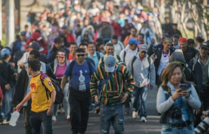 Con informantes a sueldo, Trump mantiene vigilancia a migrantes