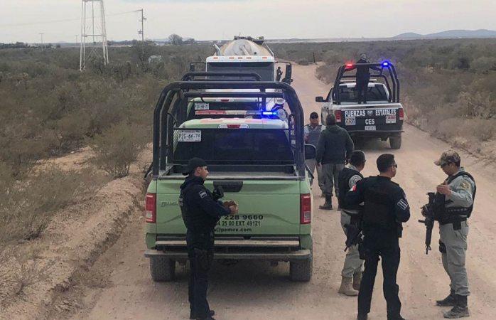Aseguran 2 camiones y toma clandestina de pemex en Camargo