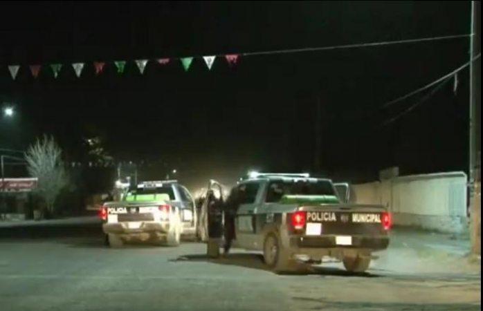 Atacanla estación de policía municipal en Samalayuca