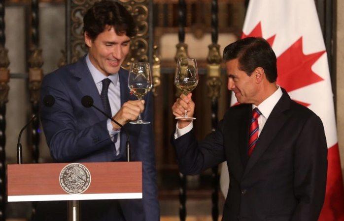 Habla vía telefónica con Trudeau sobre el T-MEC