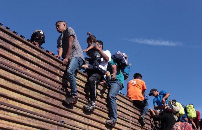 Deportan a 98 migrantes que intentaron ingresar ilegalmente a EE.UU