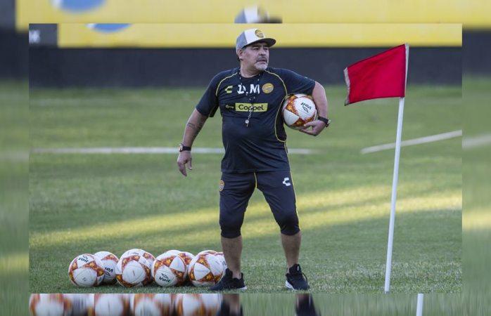 Es usado Maradona para llenar estadio