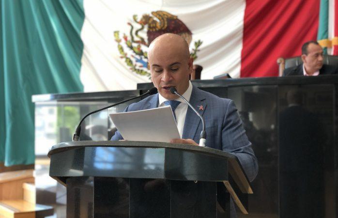 Propone LaTorre creación de comisión de conciliación y arbitraje médico