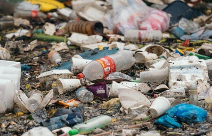 Es México el basurero de plásticos de Coca Cola