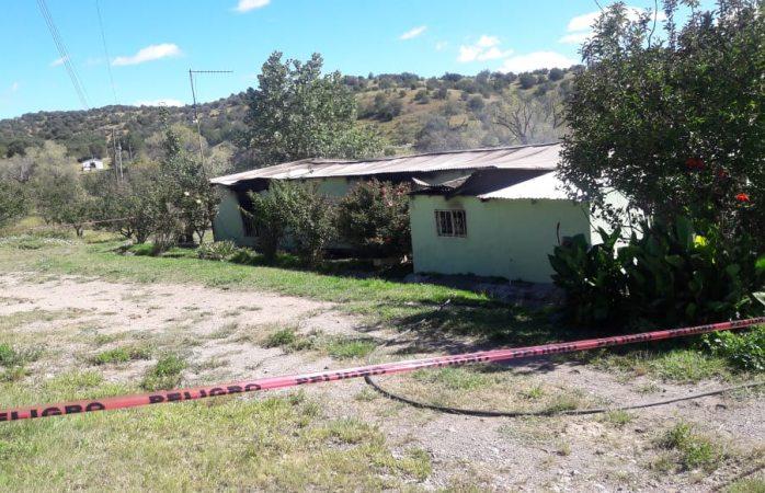 Revisan daños en vivienda incendiada en Cusihuiriachi