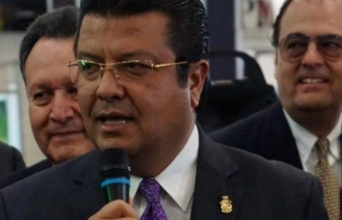 Revisa alcalde de Juárez parque vehicular de servicios municipales