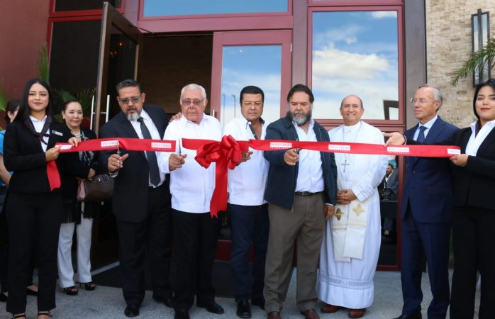 Inauguran restaurante angus rojo steak house