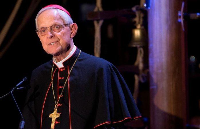 Renuncia cardenal que encubrió a pederastas en EU