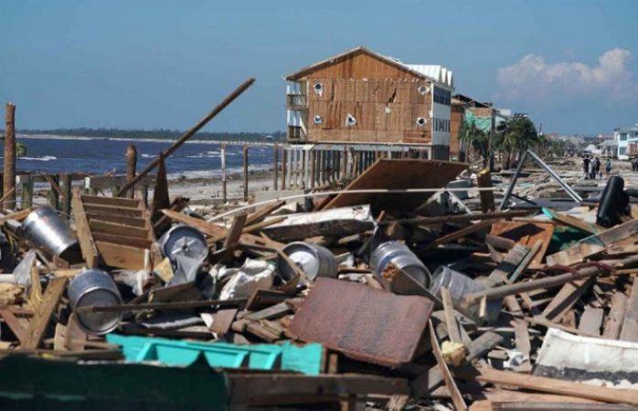 Sube a 6 la cifra de muertos por huracán Michael en EU